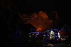 2017-12-24_Unterallgaeu_Altisried_Großbrand_Gebaeude_Feuerwehr_Poeppel_0005