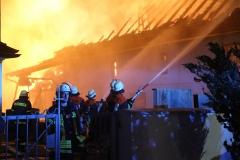 2017-12-24_Unterallgaeu_Altisried_Großbrand_Gebaeude_Feuerwehr_Poeppel_0014