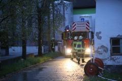 2017-09-08_Unterallgaeu_Hawangen_Brand_Maschinenhalle_Feuerwehr_Poeppel-0012